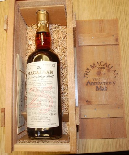 Lot 939-Macallan, 1957, 25 year old Anniversary Malt,...
