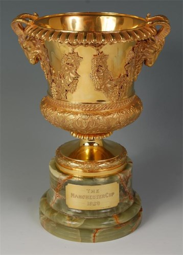 Lot 789-*'The Manchester Cup 1928' 15ct gold cup of...