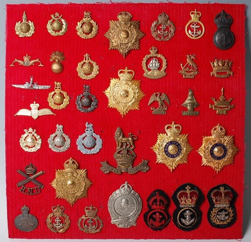 Lot 1101 - A collection of Naval bi-metal and bullion