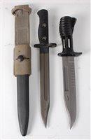 Lot 42-A British L.I.A.3 bayonet, having a 20cm bowie...