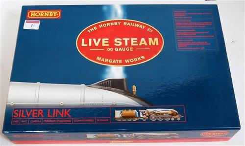 Lot 1-A Hornby live steam 00 gauge Silverlink boxed set ...