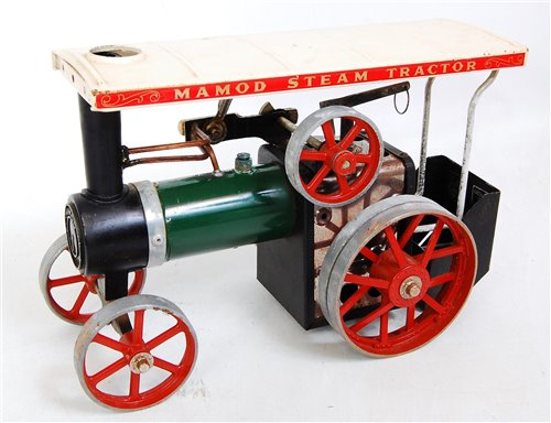 Lot 8-A Mamod live steam traction engine comprising...