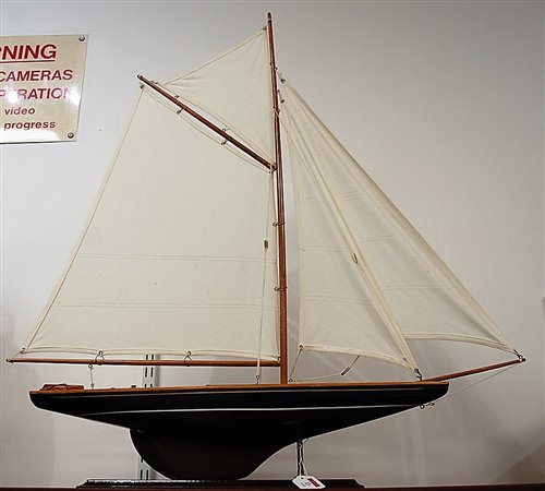 Lot 13-A mid-20th century painted pond yacht, with full...