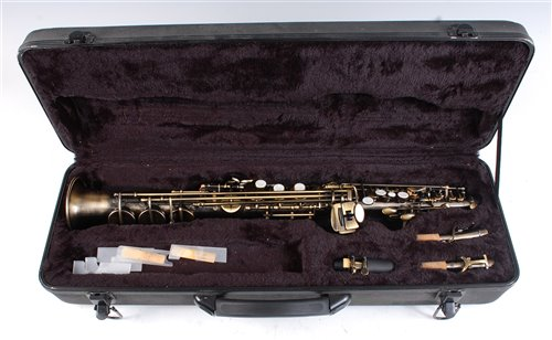 Lot 505-A cased lacquered straight Soprano saxophone,...