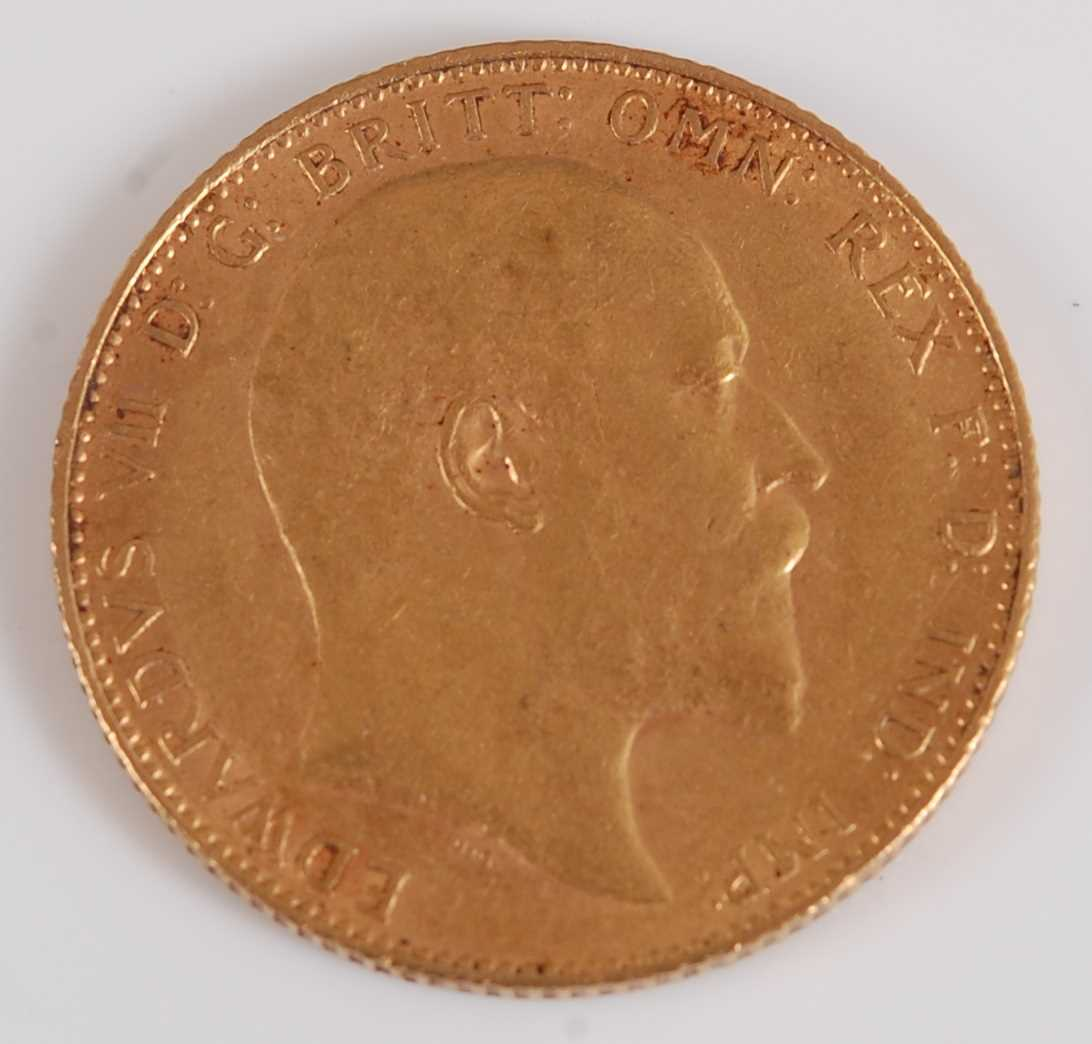 Lot 2035-Great Britain, 1910 gold full sovereign, Edward...