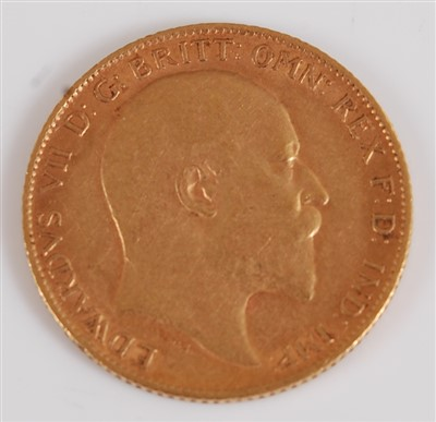Lot 2039-Great Britain, 1910 gold half sovereign,...