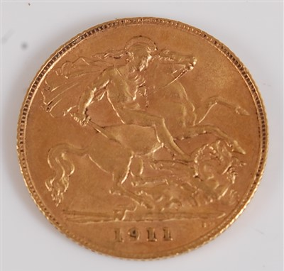 Lot 2041-Great Britain, 1911 gold half sovereign, George V,...