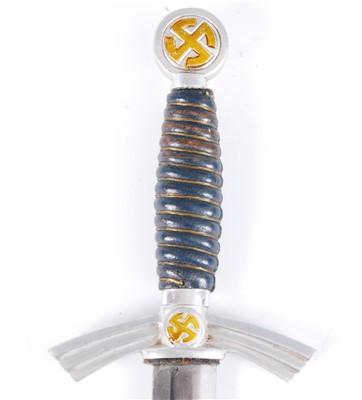 Lot 33-A German Luftwaffe 1st pattern dagger
