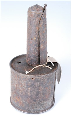 Lot 35 - A WW II Russian RPG 40 anti-tank grenade.