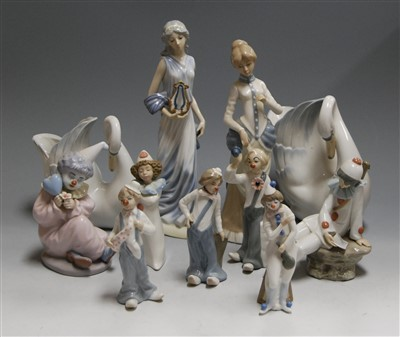 Lot 43-A box of assorted Spanish porcelain figures,...