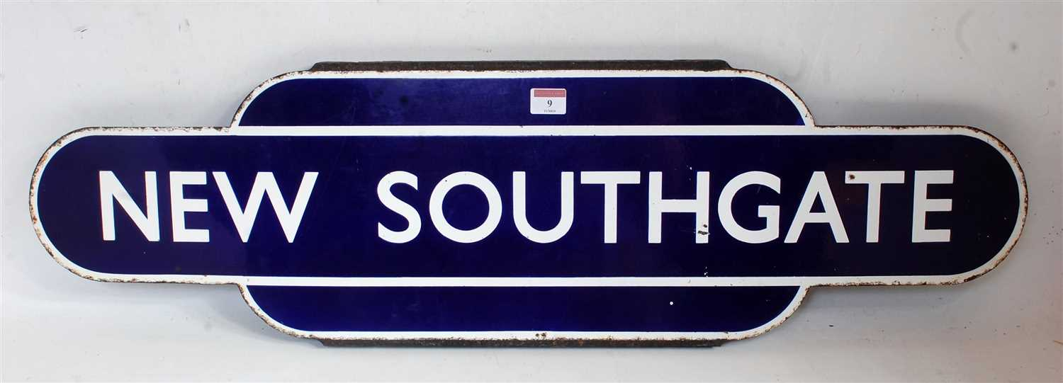 Lot 9-An original BR Eastern Region New Southgate totem ...