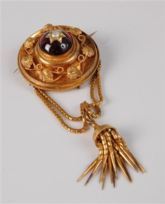 Lot 1177-A late Victorian yellow metal garnet set...
