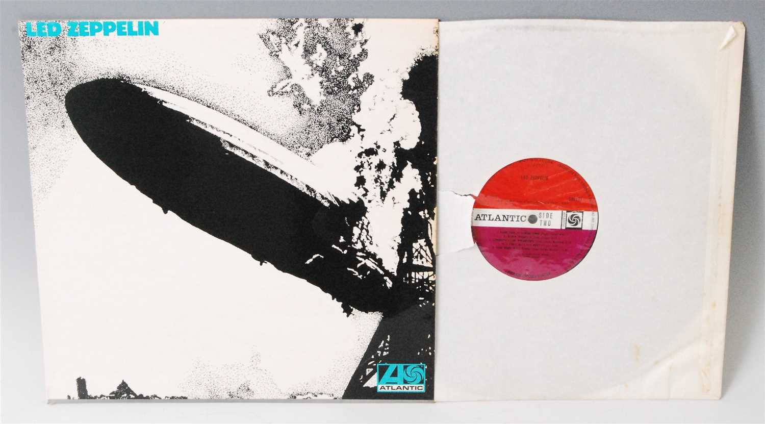 Lot 708 - Led Zeppelin, Led Zeppelin I