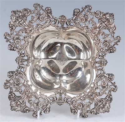 Lot 1110 - An early 20th century sterling silver dish, of...