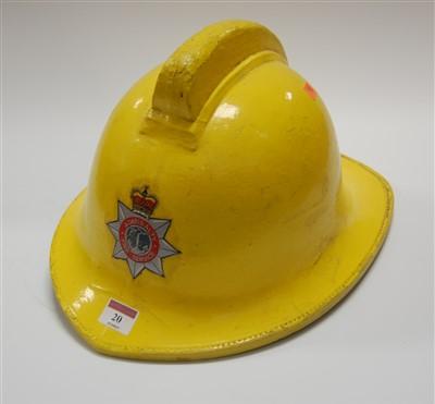 Lot 20-An Admiralty Fire Service fireman's helmet, size...