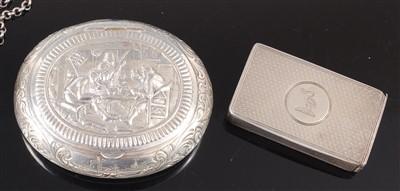 Lot 1131 - An early 20th century Dutch silver snuff box,...