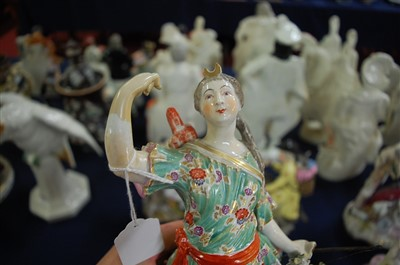 Lot 1019-A pair of early 19th century English porcelain...