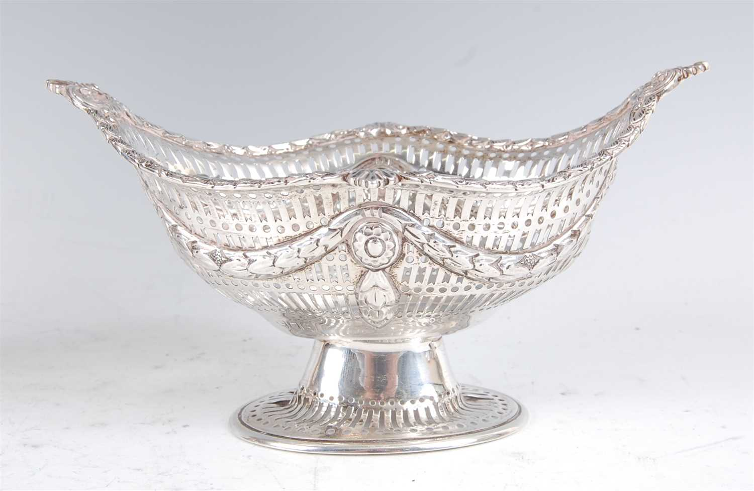 Lot 1163-An Edwardian silver footed sweetmeat bowl, of...