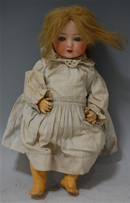 Lot 2020-An Ernst Heubach Köppelsdorf bisque head doll,...