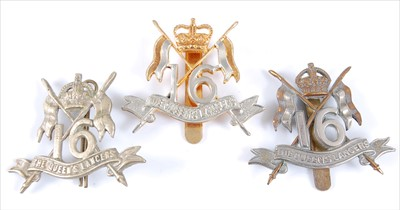 Lot 26-A 16th Queen's Lancers OR's cap badge