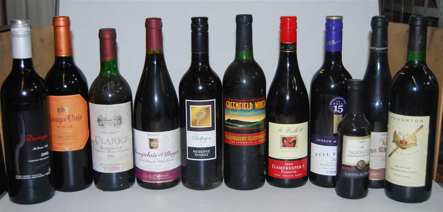 Lot 1043-Assorted red table wines, to include Campo...