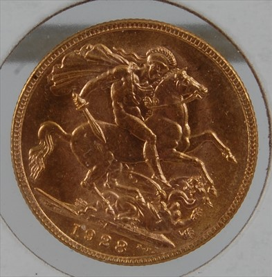 Lot 3-Great Britain, 1928 gold full sovereign