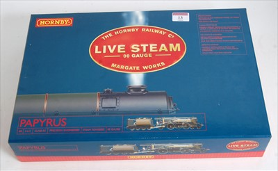 Lot 13-A rare Hornby R2492 green class A3 engine and...