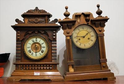 Lot 9-A circa 1900 American oak cased mantel clock,...