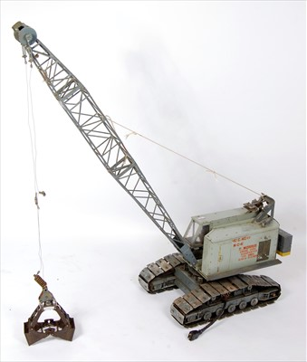 Lot 41-A well-engineered large scale model of a T Morris ...