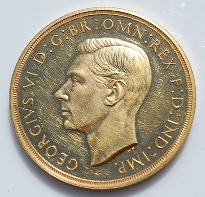 Lot 270 - Great Britain, 1937 gold proof five pound coin