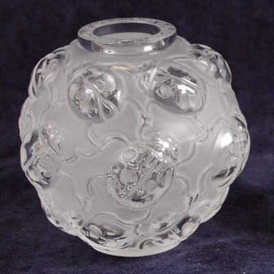 Lot 55-A contemporary Lalique frosted and moulded glass...