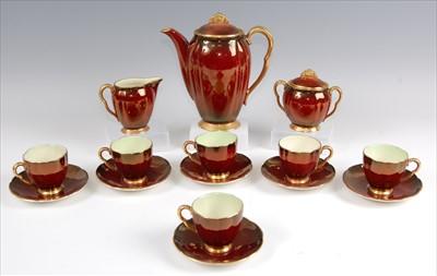Lot 34 - A 1930s Carltonware Rouge Royale ceramic...