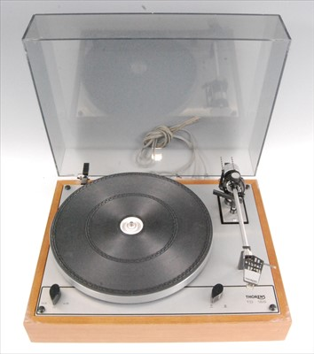 Lot 512-A Thorens TD 166 turntable