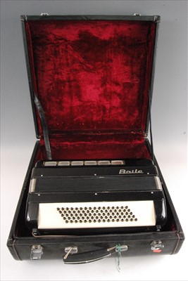 Lot 507-A Baile piano accordion