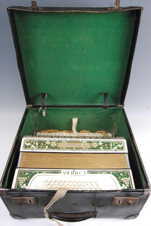 Lot 510-A Honer Verdi I piano accordion