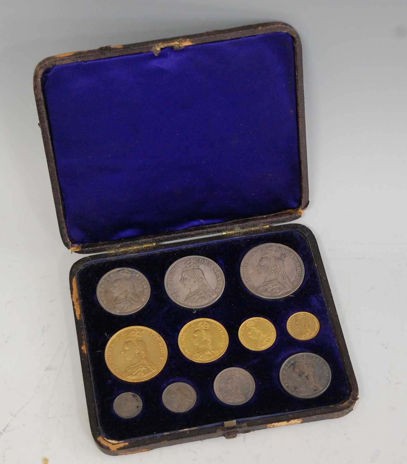 522 - Great Britain, 1887 eleven coin specimen coin set