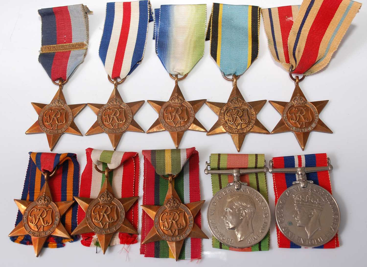 Lot 22 - A collection of ten WW II medals to include
