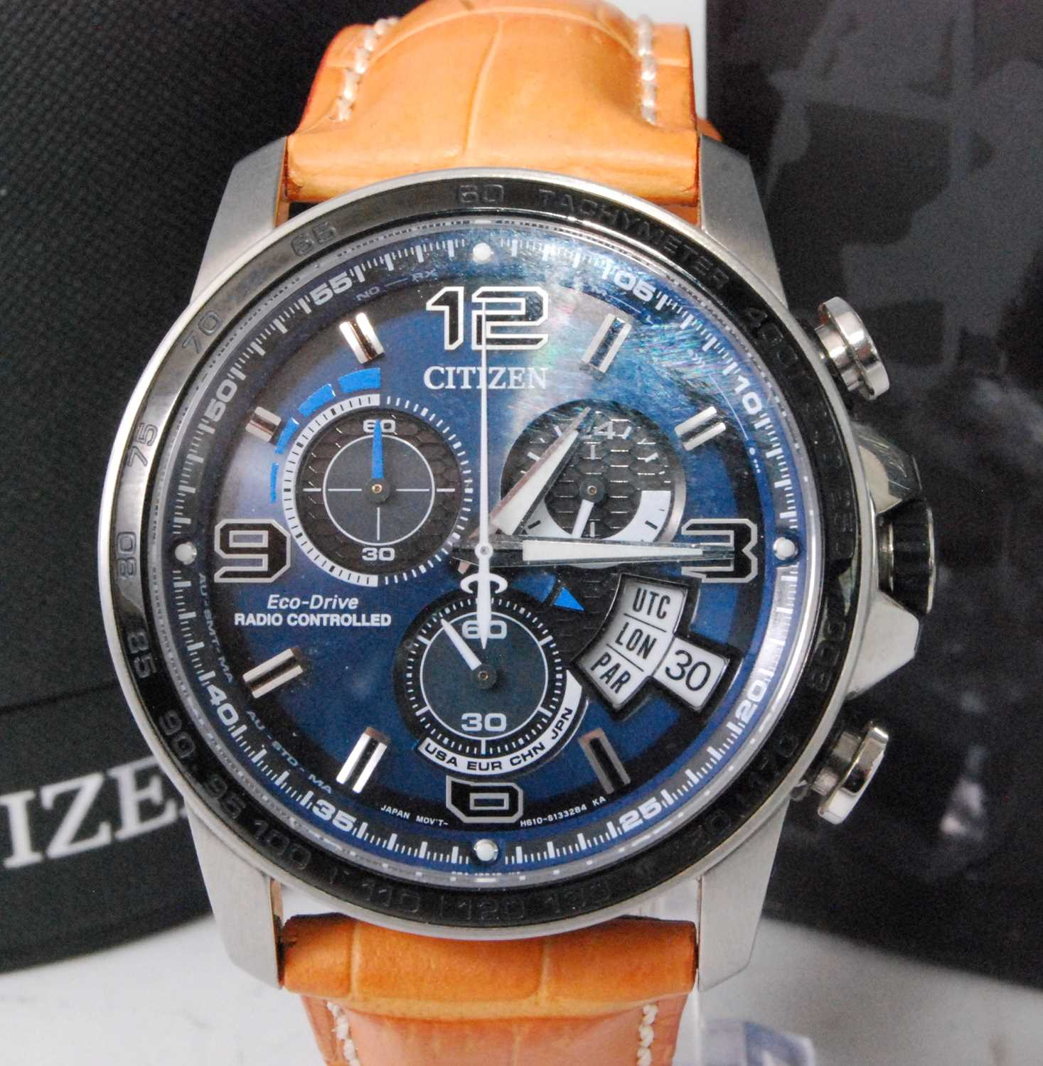 Lot 2021-A gent's steel Citizen Eco-drive radio controlled ...