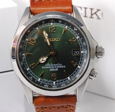 Lot 2035-A gent's Seiko steel cased automatic wristwatch,...