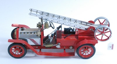 Lot 20-A Mamod live steam fire engine, of usual...
