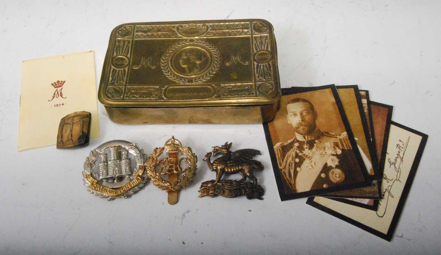 Lot 8 - A WW I Princess Mary Christmas gift tin