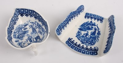Lot 1050-A late 18th century Caughley porcelain blue...