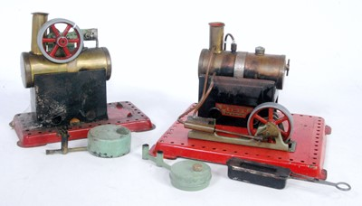 Lot 5 - A Mamod loose stationery steam plant group,...