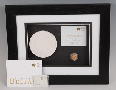 Lot 2025-The Royal Mint, 2010 City Series Belfast £1...