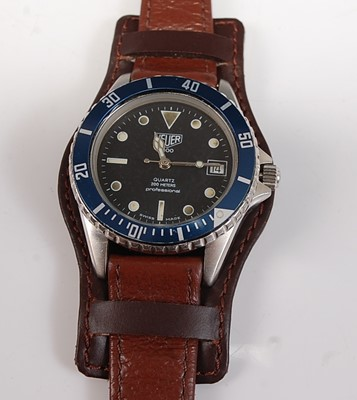 Lot 2521-A Gents stainless steel Heuer 1000...