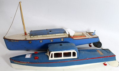 Lot 15-Two Hornby boats: 'Viking' cruiser, blue and...