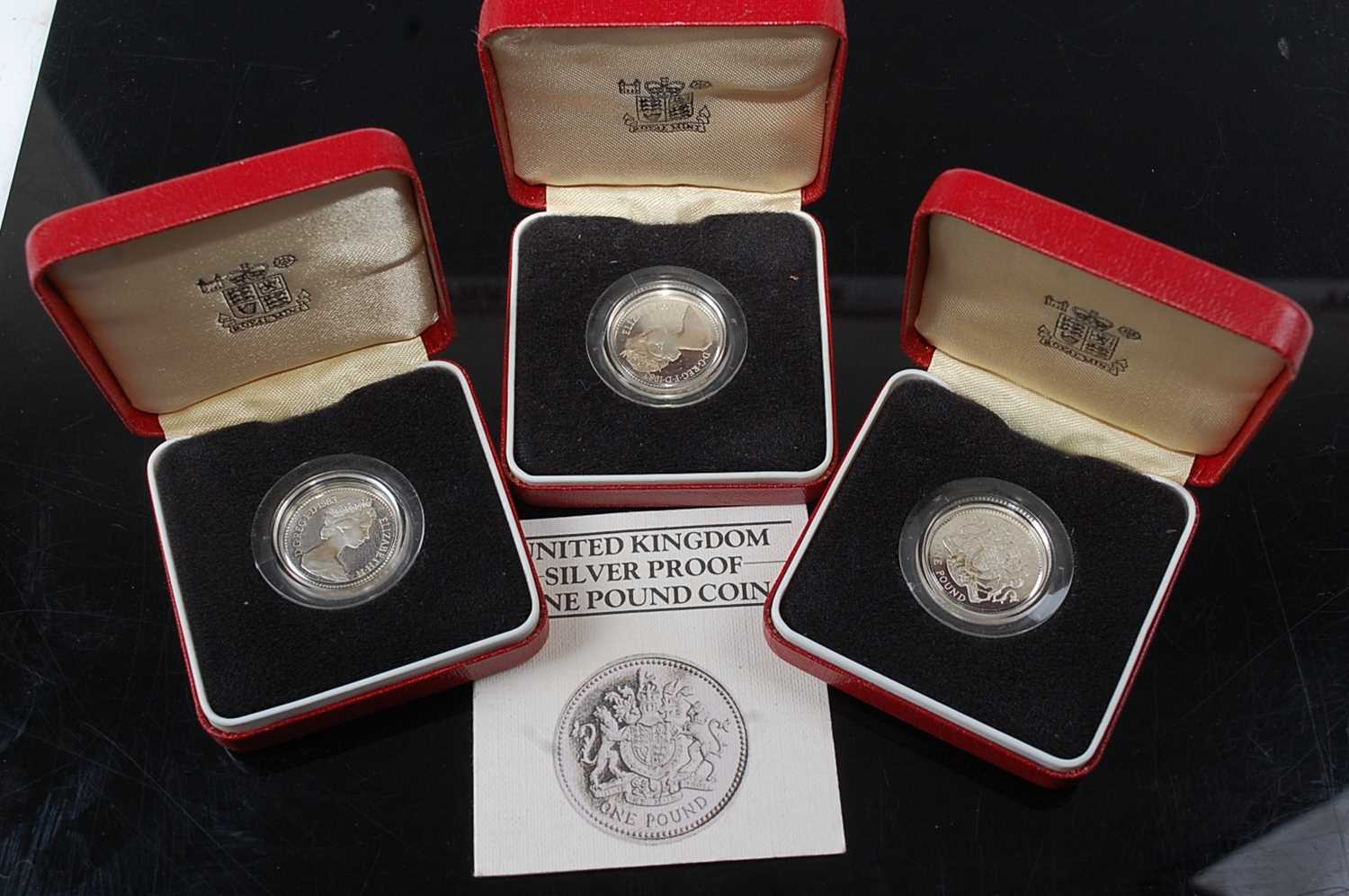 Lot 2033 - Great Britain, 1983 silver proof £1 coin,...