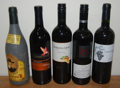 Lot 1028-Assorted red table wines, to include Garnacha...