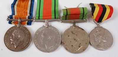 Lot 32-A WW I British War medal, naming 1739 PTE. W....