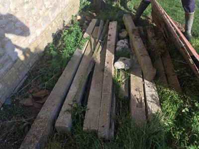 Lot 16-11 x Assorted Concrete Posts